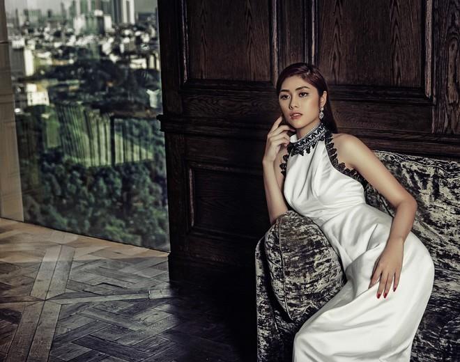 Huỳnh Tiên đầu tư loạt đồ hiệu đắt tiền cho MV quay tại Cộng hòa Séc - ảnh 6