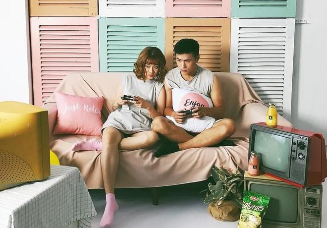 Các cặp đôi Việt gây sốt trên Instagram nhờ kho ảnh chụp chung vừa chất, vừa đáng yêu - ảnh 29