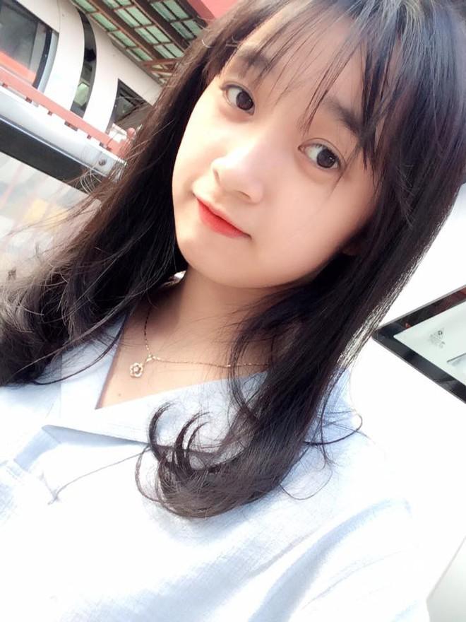 Nữ công an viên Đà Nẵng bất ngờ nổi tiếng vì xinh như hot girl - ảnh 13