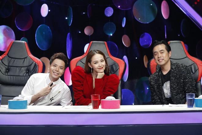 Minh Hằng ngồi ghế nóng show thực tế âm nhạc kết hợp với hẹn hò - Ảnh 3.
