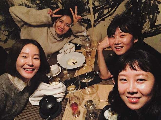 Ảnh dàn khách mời khủng trong sinh nhật nữ thần Son Ye Jin: Ngẫm ra đúng là mỹ nhân chỉ chơi với mỹ nhân - Ảnh 6.
