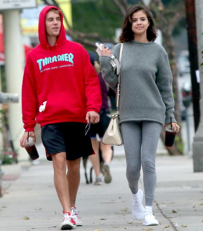 Mẹ Selena Gomez đích thân thừa nhận không muốn con gái tái hợp với Justin Bieber - Ảnh 2.