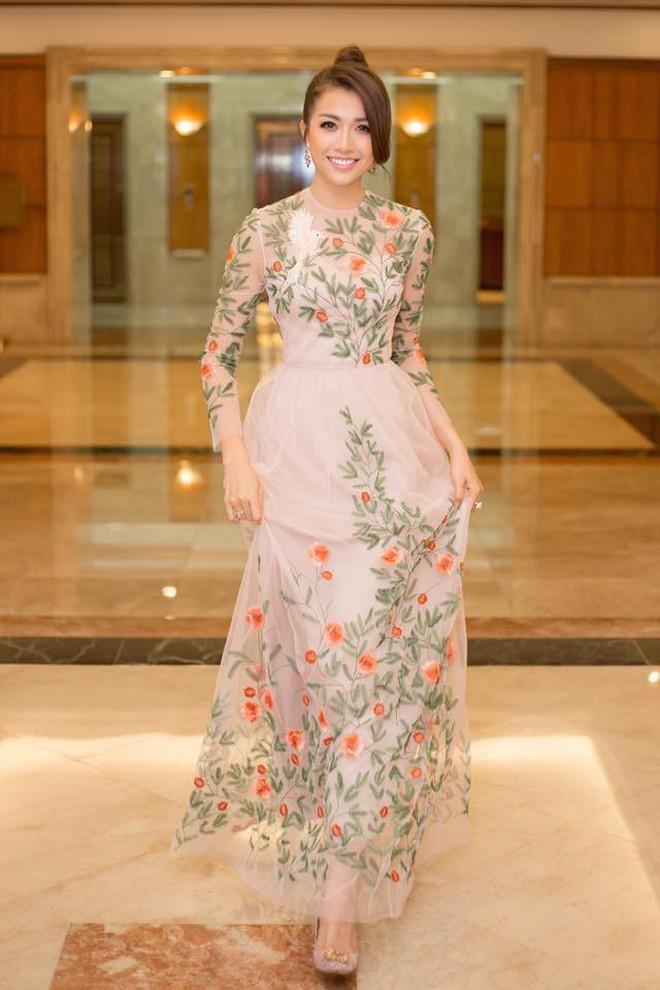 Đại chiến stylist: Chê H'Hen Niê mặc xấu, cựu stylist của Phạm Hương bị ekip tân Hoa hậu vỗ mặt - ảnh 10
