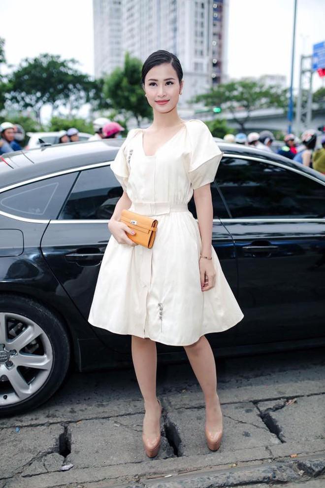 Đại chiến stylist: Chê H'Hen Niê mặc xấu, cựu stylist của Phạm Hương bị ekip tân Hoa hậu vỗ mặt - ảnh 12