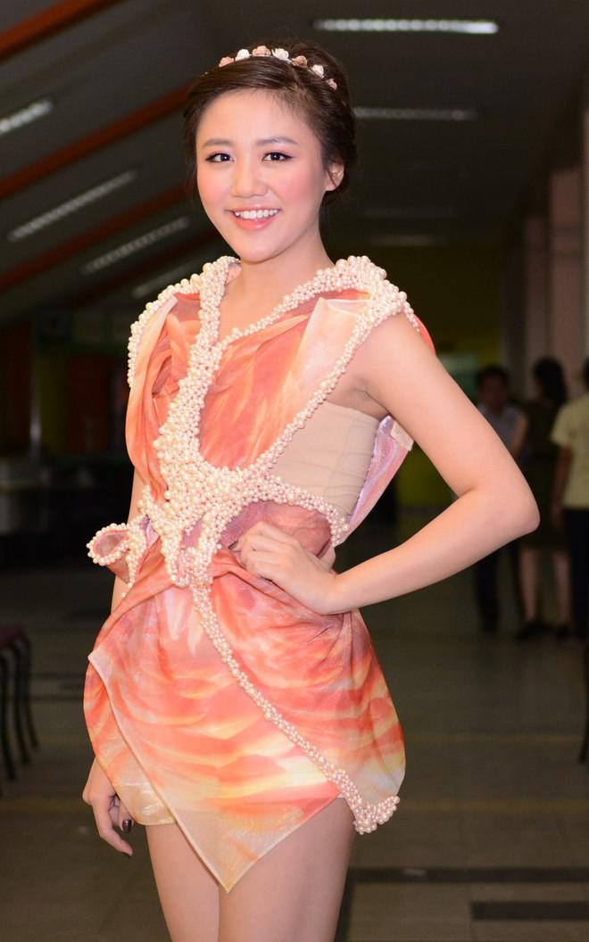 Đại chiến stylist: Chê H'Hen Niê mặc xấu, cựu stylist của Phạm Hương bị ekip tân Hoa hậu vỗ mặt - ảnh 26