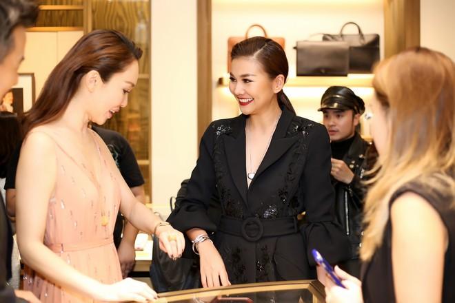 Thanh Hằng đẹp sắc sảo, đọ sắc bên Hà Tăng tại sự kiện với Lý Minh Thuận - Phạm Văn Phương - Ảnh 8.