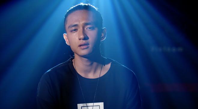 Glee Việt: Rocker Nguyễn giả gái để... xin lỗi bạn trai đồng tính khi bị đuổi khỏi nhà - Ảnh 10.