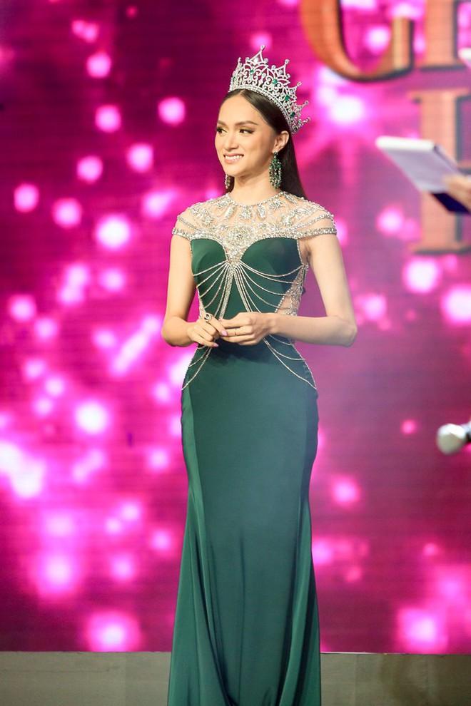 Đây là cô gái kế vị Hương Giang tham gia Hoa hậu Chuyển giới Quốc tế 2019! - Ảnh 15.