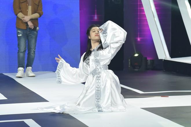 Đoán tuổi như ý: Suy luận chính xác về lịch sử, Hương Giang lại giành chiến thắng vẻ vang trước Huỳnh Lập - ảnh 3