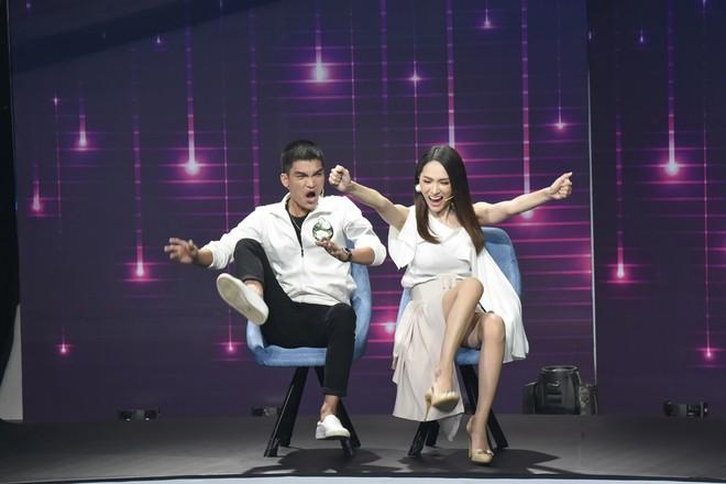 Đoán tuổi như ý: Suy luận chính xác về lịch sử, Hương Giang lại giành chiến thắng vẻ vang trước Huỳnh Lập - ảnh 5