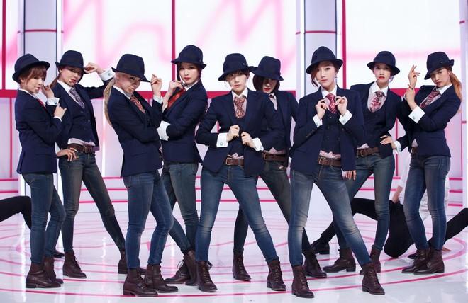 Thú nhận không muốn hoạt động solo, netizen nghi ngờ Jessica bị SNSD chèn ép? - ảnh 1