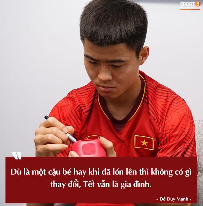 Tuyển thủ Việt Nam rưng rưng trải lòng về những cái Tết xa nhà - ảnh 12