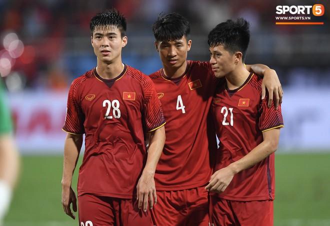 Lần đầu tiên 2 chàng ngự lâm Duy Mạnh - Đình Trọng cùng vắng bóng trong đội hình tuyển Việt Nam - ảnh 3