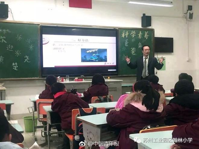 Xuất hiện trường học có trình độ học vấn đỉnh cao với 194 cha mẹ học sinh là tiến sĩ! - ảnh 3