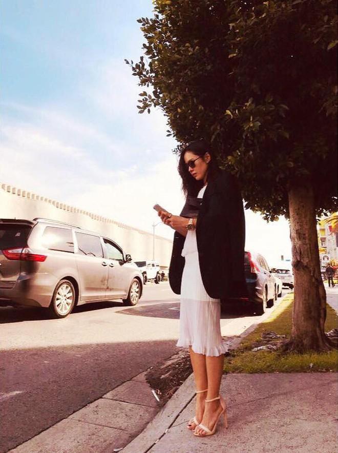 Hyun Bin đã về Hàn, Son Ye Jin còn ở lại Mỹ du lịch mà vẫn bị soi đeo đồng đôi? - ảnh 1