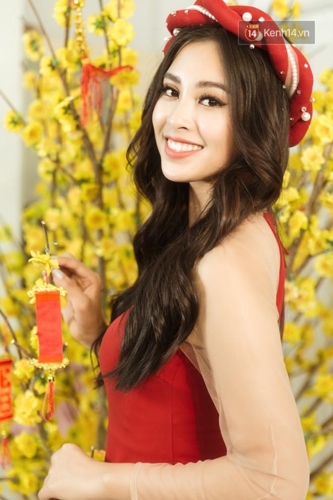 Tất tần tật về cái Tết đầu tiên là một Hoa hậu của cô nữ sinh vừa bước sang tuổi 19 Trần Tiểu Vy - Ảnh 3.