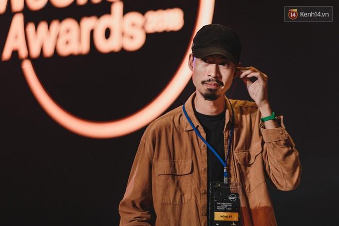 Nghệ sĩ Việt bồi hồi cảm xúc trước đêm Gala WeChoice Awards: Người háo hức từng giờ, người từng bật khóc - Ảnh 11.