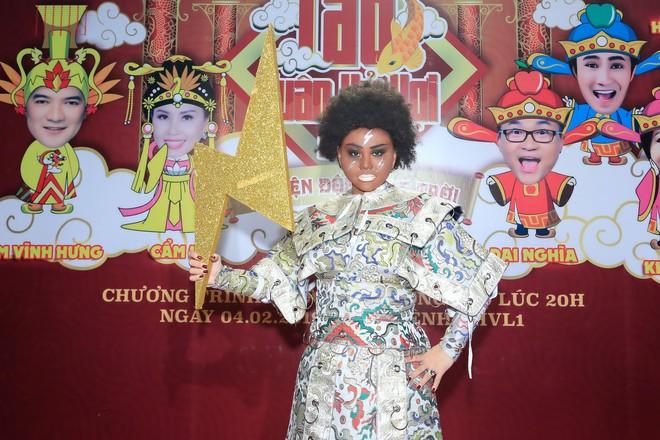 Hoa hậu Tiểu Vy đóng Táo Xuân Kỷ Hợi 2019 – Chuyện động ông trời - Ảnh 5.