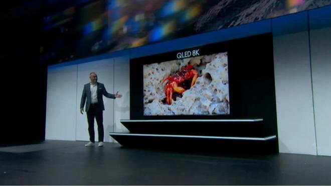Samsung trình làng TV 8K 98inch khủng nhất hành tinh: Độ nét cao quá nên chưa phim nào nào đủ tầm chiếu lên cả! - ảnh 2