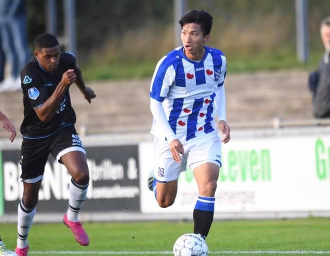 Chơi tốt ở đội dự bị nhưng Văn Hậu vẫn đón tin buồn từ HLV trưởng SC Heerenveen: Sẽ chẳng có thay đổi nào hết! - ảnh 1