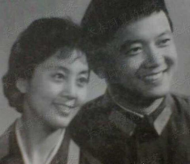 Dàn sao Tể Tướng Lưu Gù sau 21 năm: Hòa Thân lấy fan kém tận 20 tuổi, Càn Long muối mặt vì đứa con hư hỏng - ảnh 8