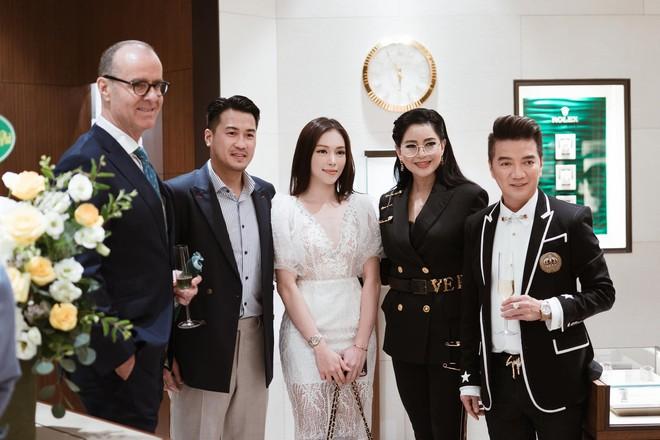 Thiếu gia Phillip Nguyễn đưa Linh Rin ra mắt bố mẹ: Hot girl Hà thành một bước vào hào môn, đám cưới khủng sắp diễn ra thật rồi ư? - ảnh 4