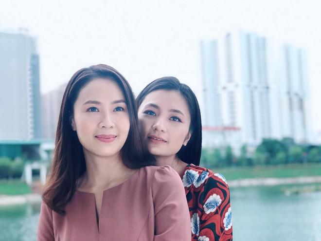 Khuê (Hoa Hồng Trên Ngực Trái) rủ San về chung nhà và tuyên bố: Chỉ có phụ nữ mới đem lại hạnh phúc cho nhau? - ảnh 3