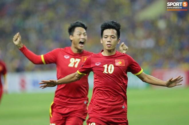 Tuyển Việt Nam đối đầu Malaysia: fan Việt từng phải đổ cả máu và rất nhiều nước mắt cho cặp đấu kịch tính hàng đầu Đông Nam Á - ảnh 6