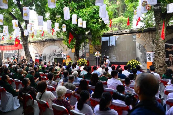 Tái hiện thời khắc đón đoàn quân chiến thắng trở về Hà Nội 65 năm trước - ảnh 3