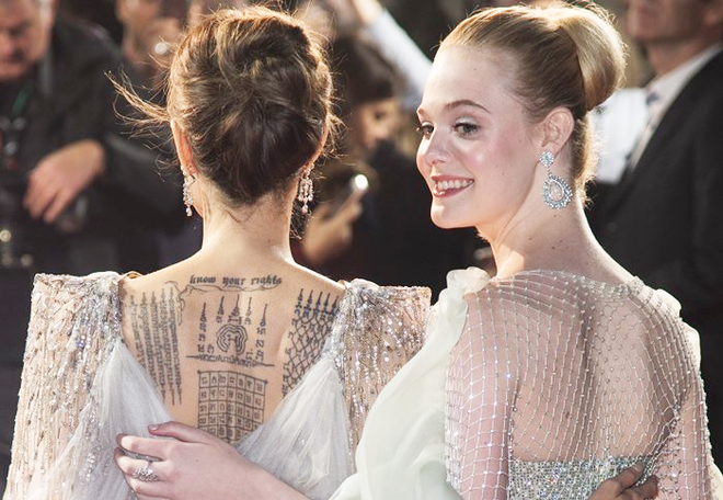 Angelina Jolie lại khiến MXH dậy sóng: Lộng lẫy như bà hoàng, bóng lưng còn lấn át cả công chúa đẹp nhất màn ảnh - ảnh 11