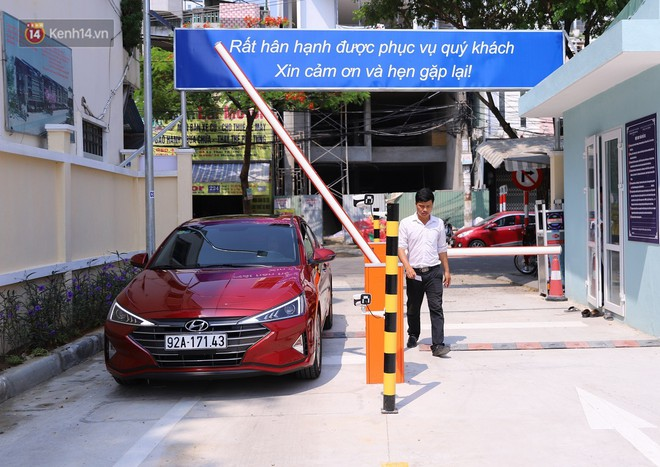 Cận cảnh bãi đỗ xe 6 tầng thông minh, tự động xếp hình đầu tiên ở Đà Nẵng - ảnh 6