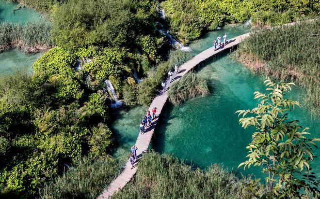 Hòn đảo duy nhất của Việt Nam bất ngờ lọt top những nơi có làn nước trong xanh nhất thế giới, bạn đã đi chưa? - Ảnh 25.