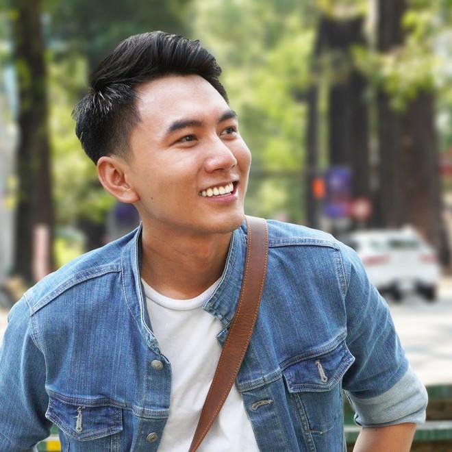 Phát sợ trước tài trinh thám của hội fan girl: Chỉ nhìn qua gương cũng tìm được bạn trai của vlogger Khoai Lang Thang - ảnh 4