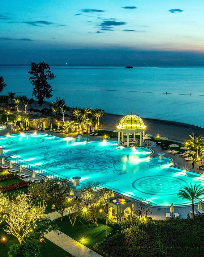 """Đông Nhi - Ông Cao Thắng """"chịu chơi"""" mời hàng trăm khách tới Phú Quốc tổ chức đám cưới, loạt resort 5 sao nổi tiếng được gọi tên! - ảnh 4"""