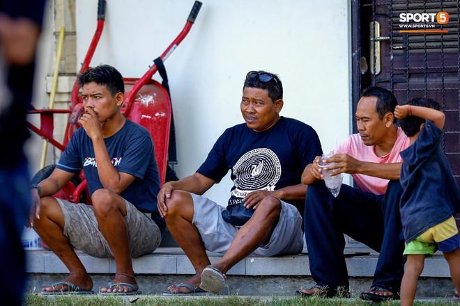 Hình ảnh trái chiều về tinh thần của tuyển Việt Nam và Indonesia trên đảo Bali: Một phía rệu rã, một bên khí thế hừng hực - Ảnh 4.