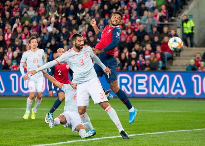 Bàn thua nghiệt ngã khiến tuyển Tây Ban Nha hụt vé sớm dự Euro 2020 - ảnh 4