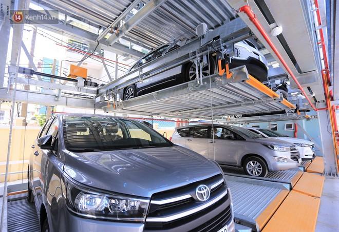Cận cảnh bãi đỗ xe 6 tầng thông minh, tự động xếp hình đầu tiên ở Đà Nẵng - ảnh 5