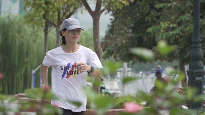 Chàng trai hoàn thành siêu kỷ lục chạy bộ 4500km xuyên Đông Nam Á xuất hiện trong show Marathon - Ảnh 3.