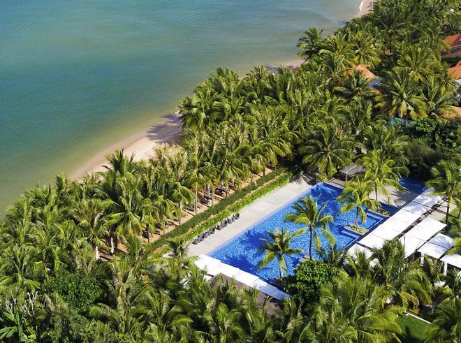 """Đông Nhi - Ông Cao Thắng """"chịu chơi"""" mời hàng trăm khách tới Phú Quốc tổ chức đám cưới, loạt resort 5 sao nổi tiếng được gọi tên! - ảnh 5"""