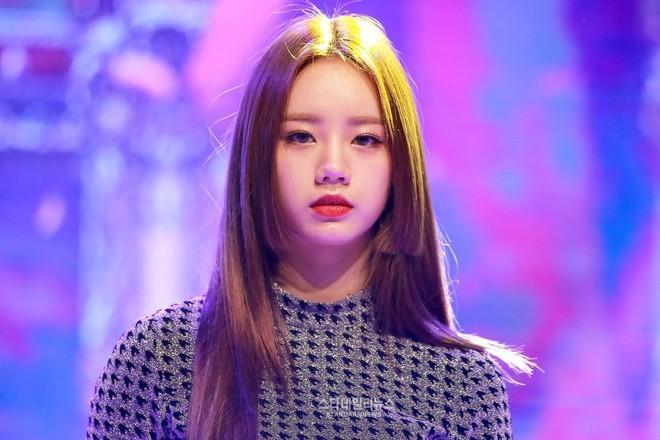 Idol Hàn diện kiểu tóc Hime: từ Irene đến Momo đều xinh xuất thần nhưng lại có 1 người khiến dân tình ngứa mắt - Ảnh 4.