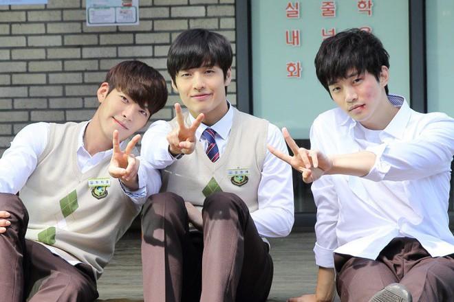 Bát hoàng tử Kang Ha Neul: Từng núp dưới cái bóng Lee Min Ho nay thành trai quê quốc dân của màn ảnh Hàn - ảnh 7