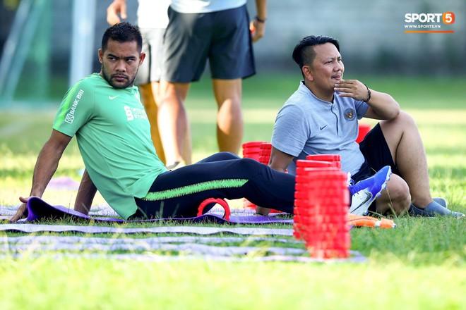 Cầu thủ của Indonesia mệt mỏi trước trận gặp Việt Nam: Chúng tôi có cố gắng hơn 100% cũng không đủ, thật tệ hại - ảnh 1