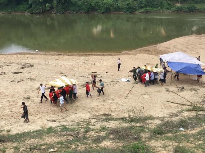 Hà Tĩnh: Tắm sông, 3 học sinh đuối nước thương tâm - ảnh 1