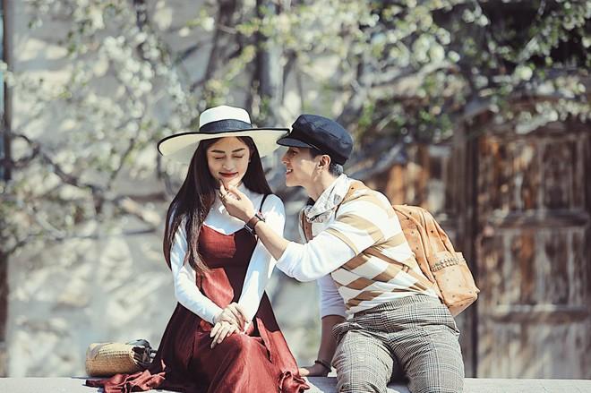 6 cặp đôi trai tài gái sắc của showbiz Việt: Đông Nhi là Á khoa, Ông Cao Thắng 12 năm học giỏi, Trấn Thành bị đuổi vì bận chạy show còn Hari luôn đứng đầu lớp - ảnh 19