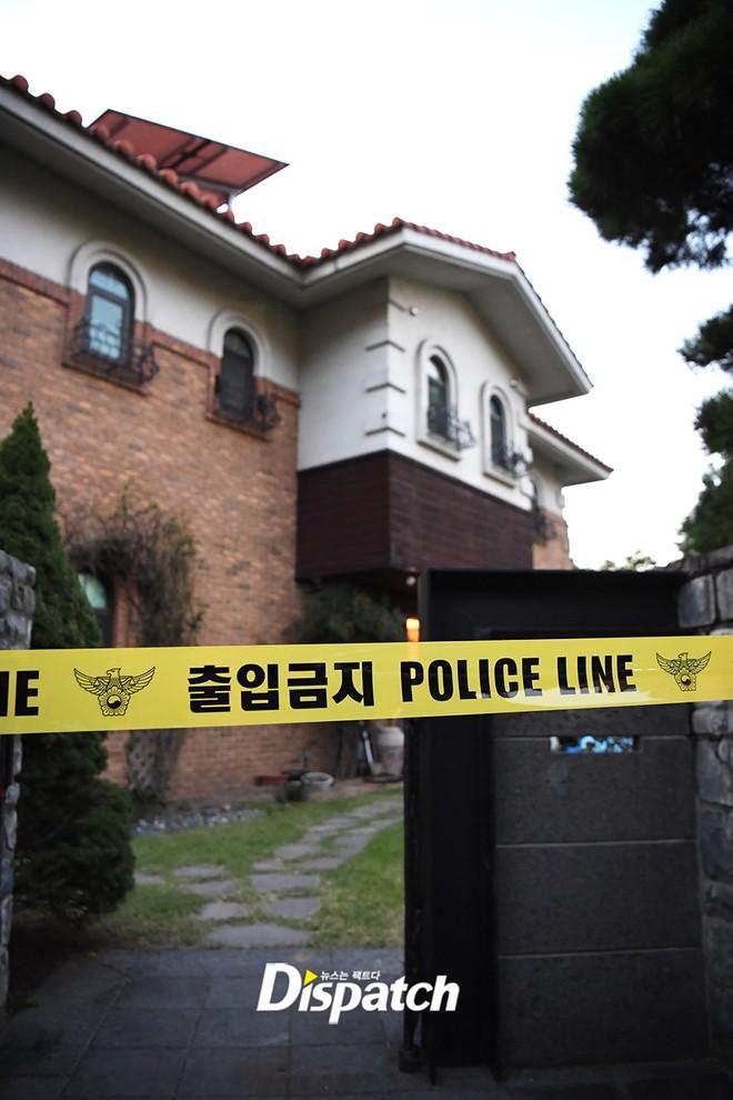 Đây là kết quả điều tra CCTV hiện trường Sulli tự vẫn, gia đình đang thảo luận với cảnh sát để khám nghiệm tử thi - Ảnh 2.