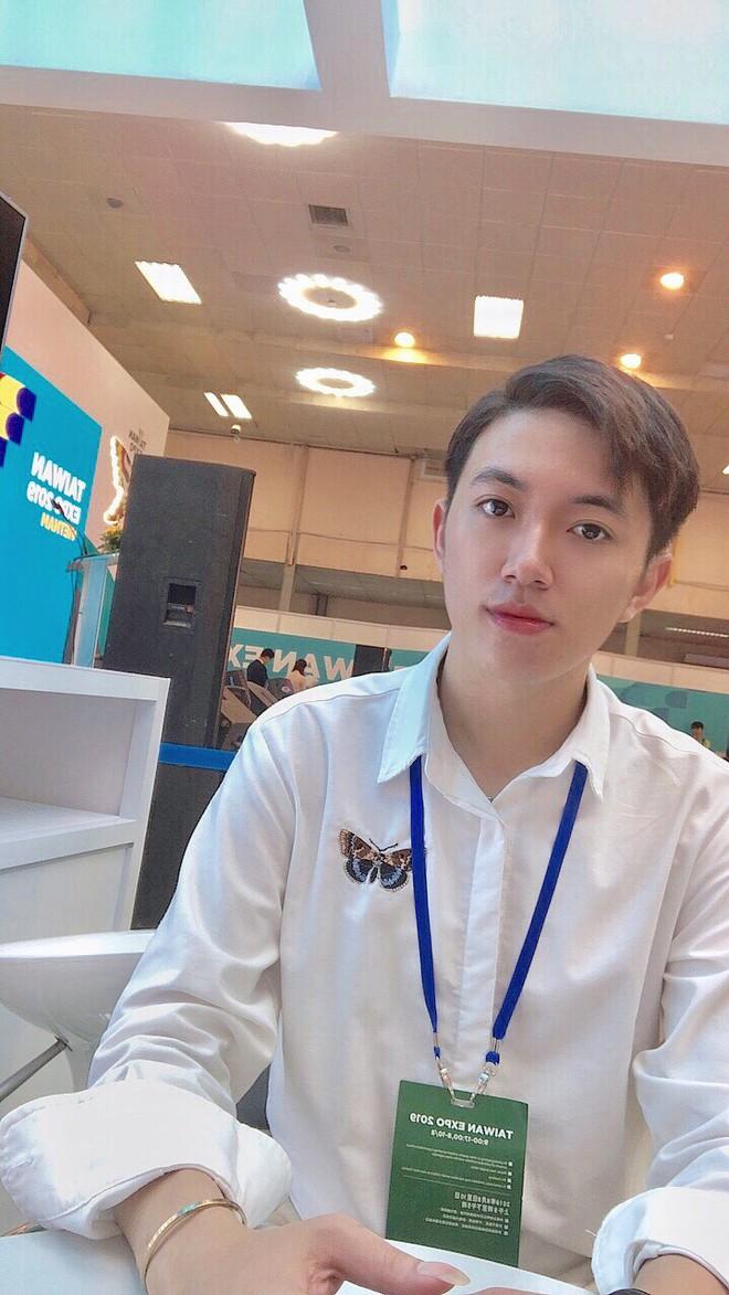 Thầy giáo tiếng Trung siêu cấp điển trai như oppa Hàn Quốc khiến hội chị em phát cuồng: Thông thạo 3 ngôn ngữ, start-up từ khi mới năm hai - ảnh 13