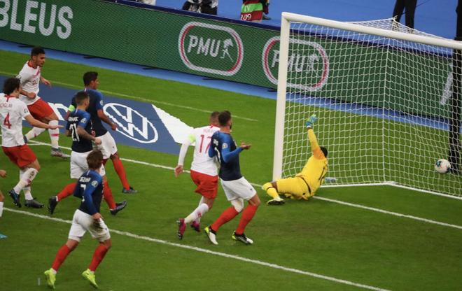 Vòng loại Euro 2020: ĐKVĐ World Cup nhận kết quả đắng ngắt ngay trên sân nhà, kịch bản không khác gì game online - Ảnh 5.