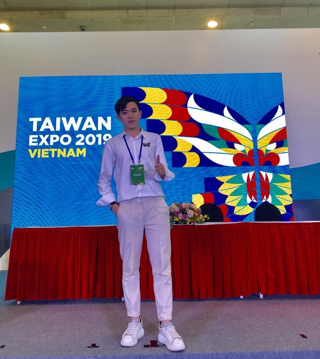 Thầy giáo tiếng Trung siêu cấp điển trai như oppa Hàn Quốc khiến hội chị em phát cuồng: Thông thạo 3 ngôn ngữ, start-up từ khi mới năm hai - ảnh 14