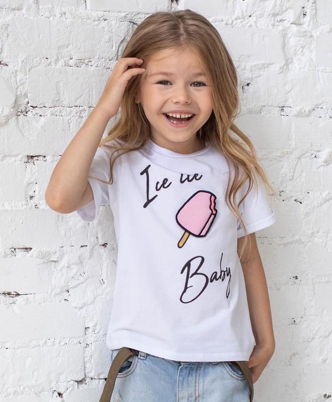 Mới 6 tuổi đã xinh như thiên thần, vừa đáng yêu vừa quyến rũ, bé gái được dân mạng tung hô là người mẫu nhí đẹp nhất thế giới - ảnh 5