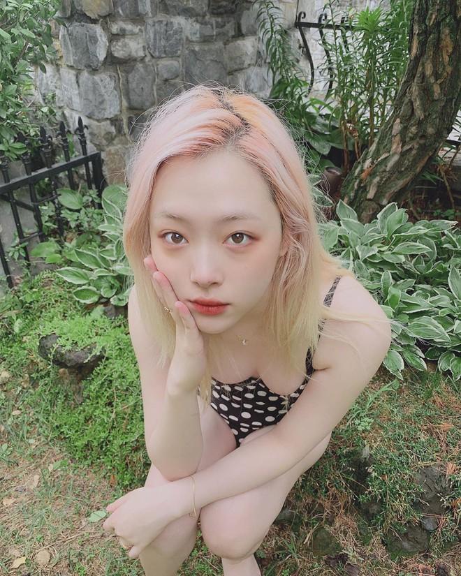 Sulli đúng là nhan sắc độc nhất vô nhị của Kpop: Không kiểu tóc nào có thể dìm, còn biến 2 kiểu khó thẩm thấu thành hot trend - ảnh 9